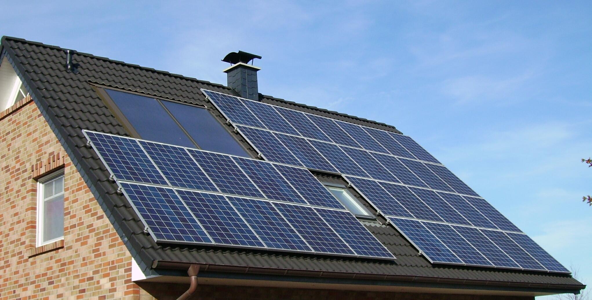 panouri-solare-google